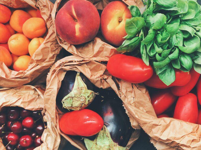 comer frutas e legumes crus