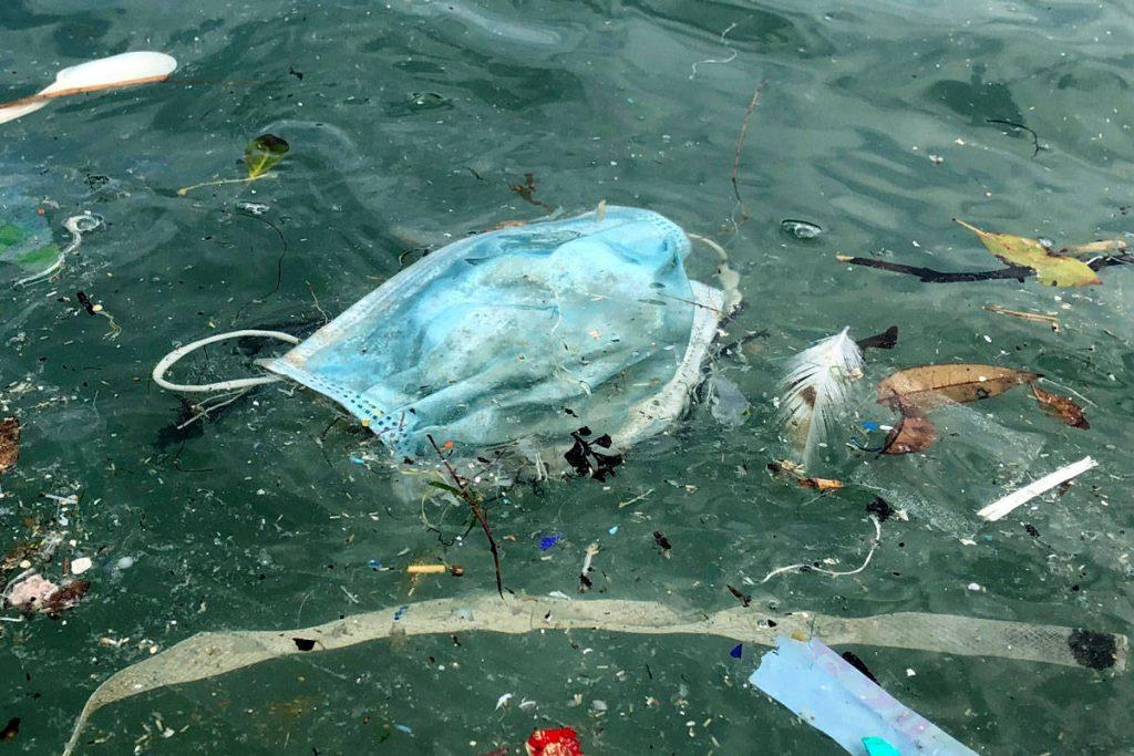 poluição nos oceanos