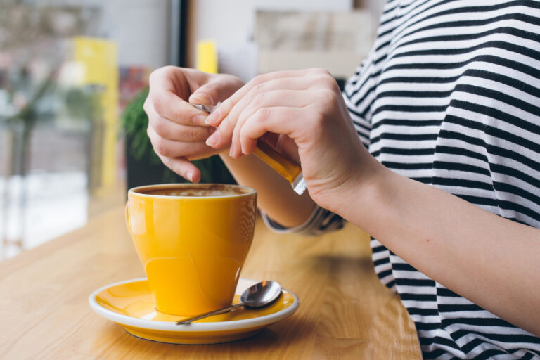café com adoçante