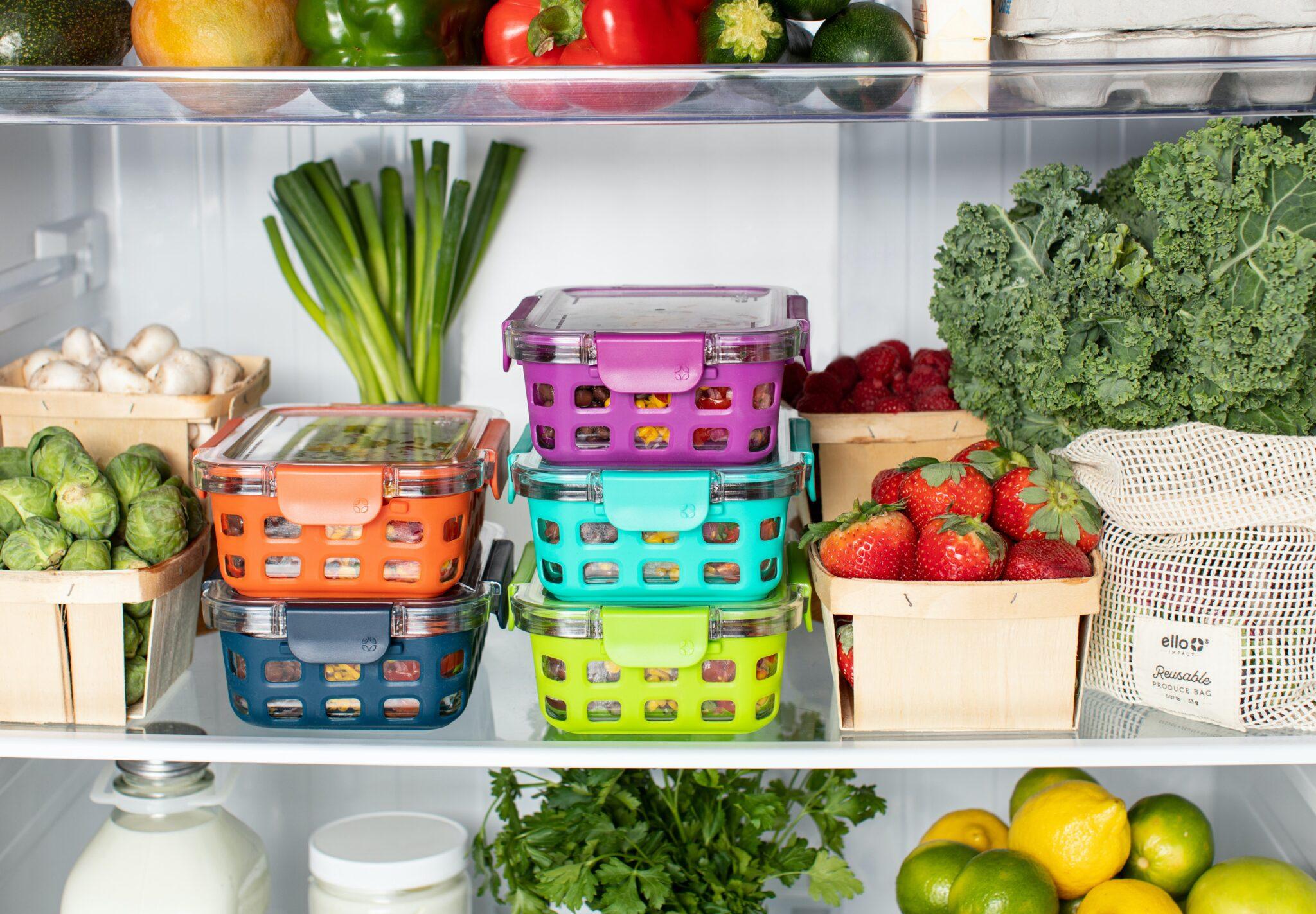 organizar os alimentos no frigorífico