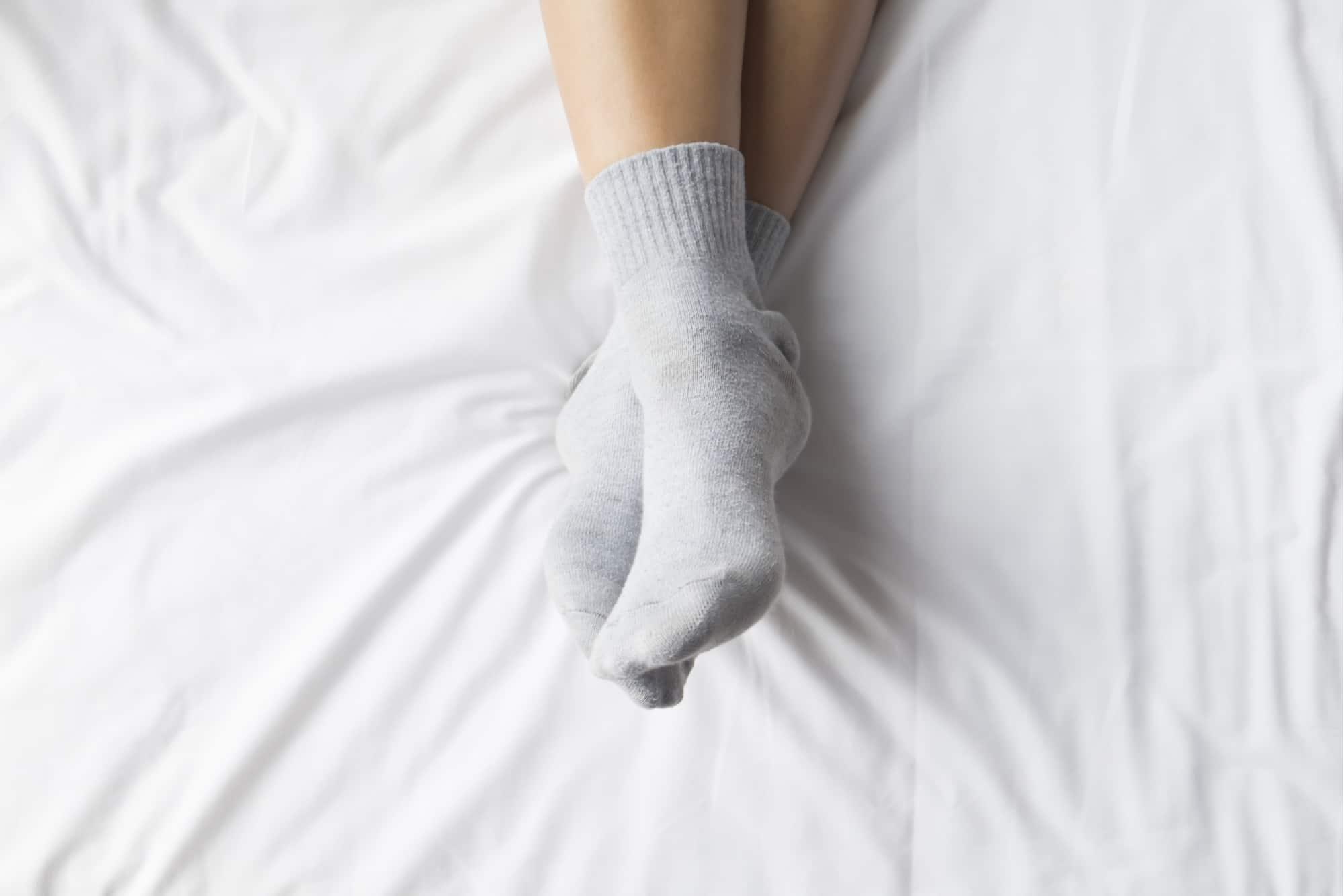 dormir de meias